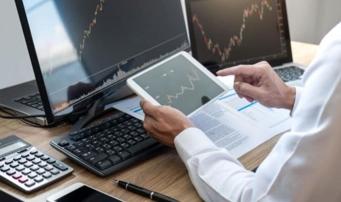 What is Online Trading And How Does Online Trading Work in South Africa